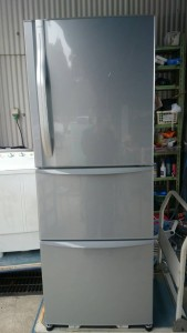 2011年冷蔵庫340L です。買取ました!