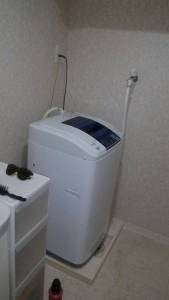 冷蔵庫(14年)三菱、洗濯機(14年)Haier、炊飯器、レンジ、ケトル、全て(14年製)2