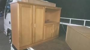 低いキッチンカウンター、子供のおもちゃ、三段ボックス、オフィスチェアー、食器、小物数点 です。引取ました!3