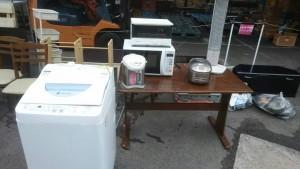洗濯機、電子レンジ、ポット、暖房器具、メタルラックなど2