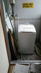 整理タンス、冷蔵庫、洗濯機、袋ゴミ、こたつ、衣装ケース、他 です。引取ました!3